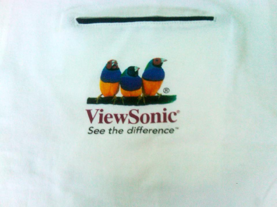 ViewSonic color otisak na bijeloj podlozi
